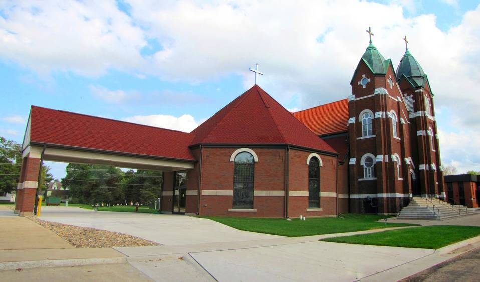 Sacred Heart Catholic Church Monticello, Iowa 3